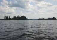 Ineša ezers jūlija sākumā