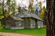 Lodes Apšu luterāņu baznīca